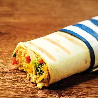 Burritos de cous cous con verduras y pollo